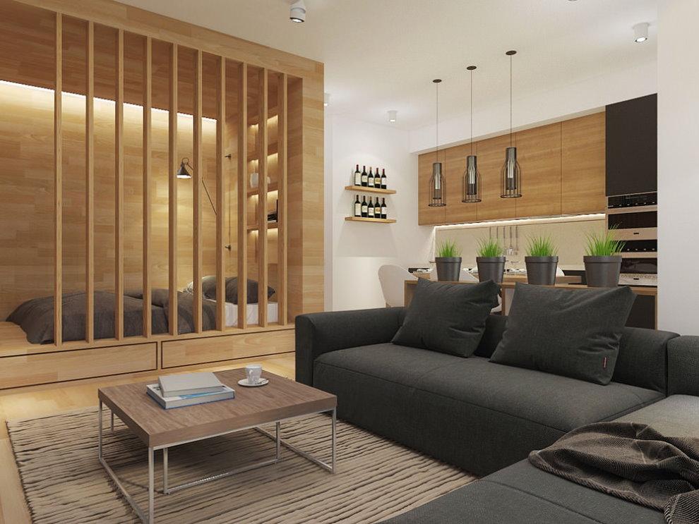 Деревянная перегородка между гостиной и спальной зонами
