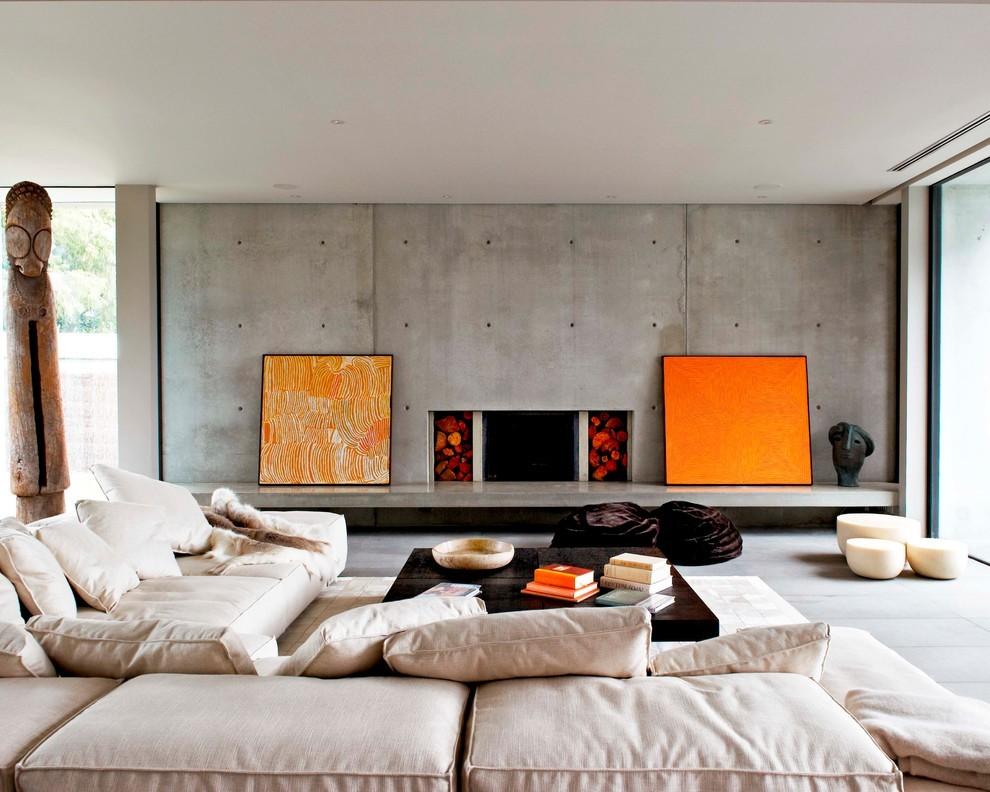 Оранжевые акценты в зале минималистического стиля