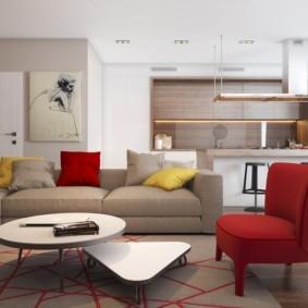 Красная мебель в интерьере зала