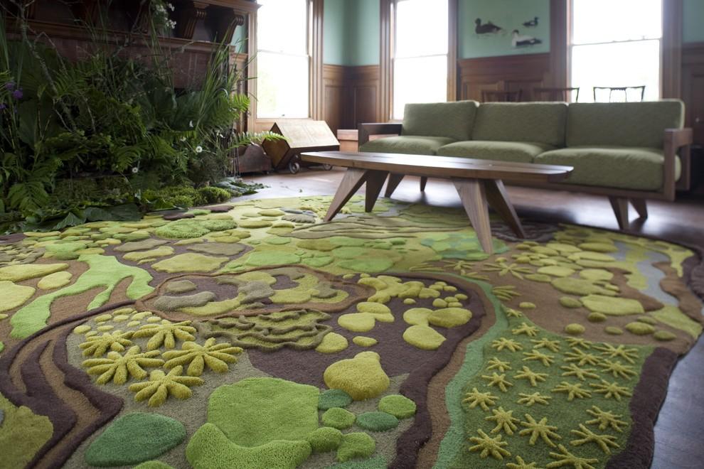 Дизайнерский напольный ковер с растительным рисунком