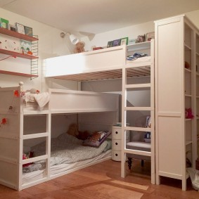 Интерьер детской комнаты в два этажа