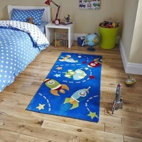 Детский коврик в тематике космоса