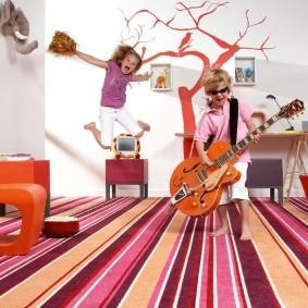 Ковровое покрыти комнаты для юных меломанов