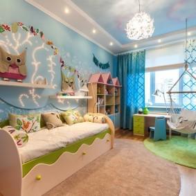 Двухуровневый потолок в детской спальне
