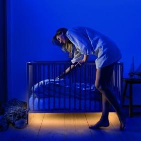 Оригинальная подсветка детской кроватки