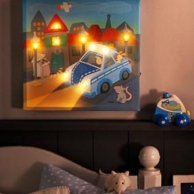 Панно-ночник на стене детской комнаты