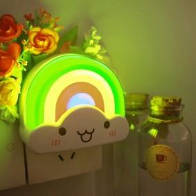 Сетевой ночник в виде радуги