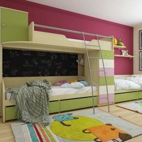 Грифельная стена над кроватью для девочки
