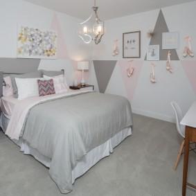 Серо-белый интерьер детской спальни