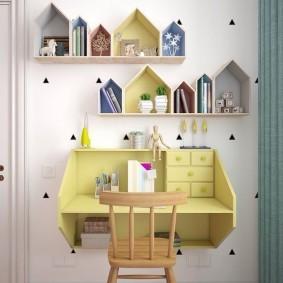 Подвесной стол для ребенка дошкольного возраста
