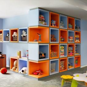Модульные полки для игрушек и книжек