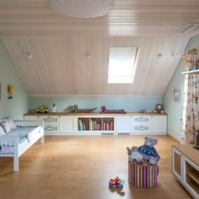 Интерьер детской в загородном доме