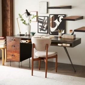 Письменный стол в стиле ретро
