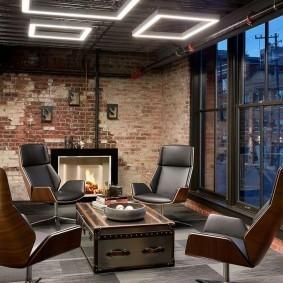 Неоновые светильники в кабинете лофт стиля
