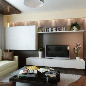 Модульная стенка в маленькой гостиной