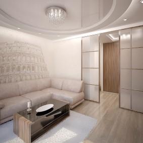 Натяжной потолок в небольшой гостиной