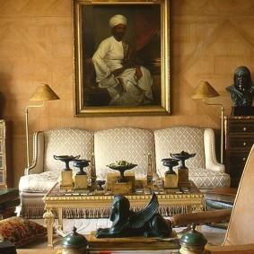 Уютная гостиная в индийском стиле