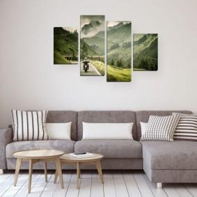 Два небольших столика перед угловым диваном