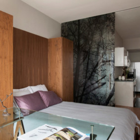 Двухспальная кровать в интерьере однушки
