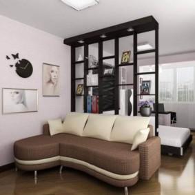 Угловой диванчик небольшого размера