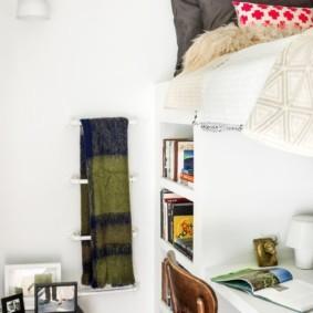 Детская мебель со спальным местом на втором ярусе