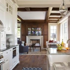 Белая мебель в кухне гостиной
