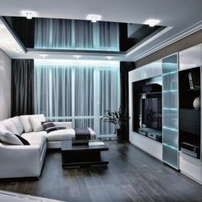 Натяжной потолок черного цвета в маленькой гостиной