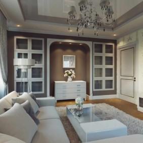 Встроенные шкафы в квадратной гостиной