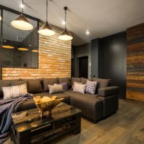 Деревянные панели на стене комнаты