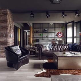 Кожаная мебель в гостиной комнате