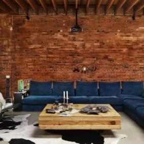 Угловой диван для большой семьи