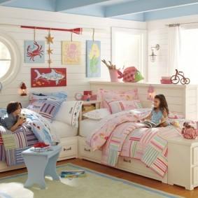 Высокие кровати для девочки и мальчика