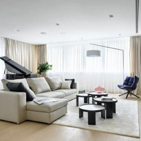Дизайн большого зала с угловым диваном