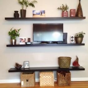 Полки для телевизора и декоративных украшений