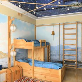 Кровать для двоих мальчиков из натурального дерева