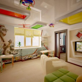 Двухуровневый потолок с оригинальными вставками