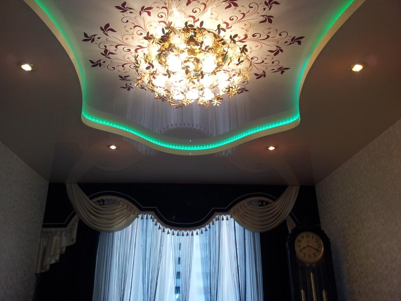 одному подвесные потолки фото для зала двухуровневые ненавидели