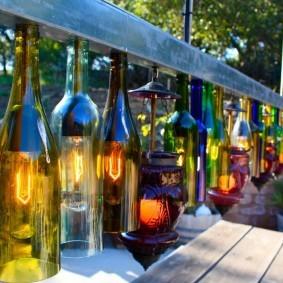 Самодельные светильники из стеклянных бутылок