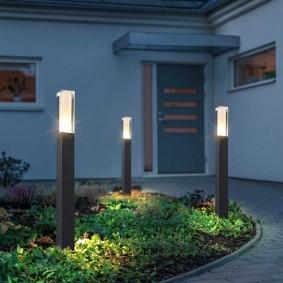 Светодиодные светильники на длинных опорах