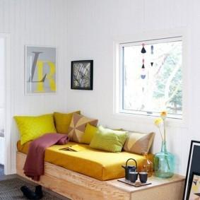 Кровать-подиум из березовой фанеры