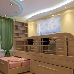 Высокий потолок в детской комнате