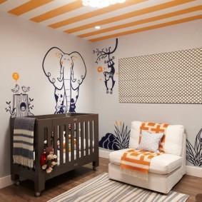 Оранжевые акценты в интерьере детской