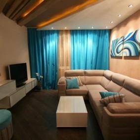 Компактная расстановка мебели в маленьком зале