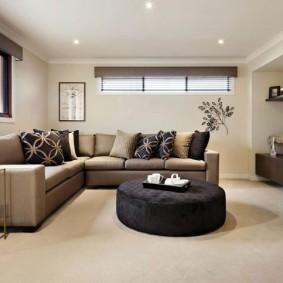 Минимальный комплект мебели для зала частного дома