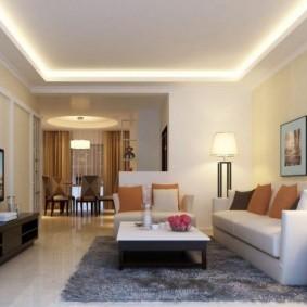 Светодиодная подсветка потолка в зале трехкомнатной квартиры