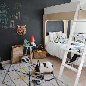 Грифельная стена в детской комнате