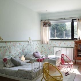Интерьер спальни для двух девочек