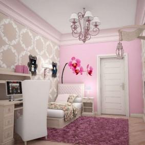 Маленькая комната для младшей дочери