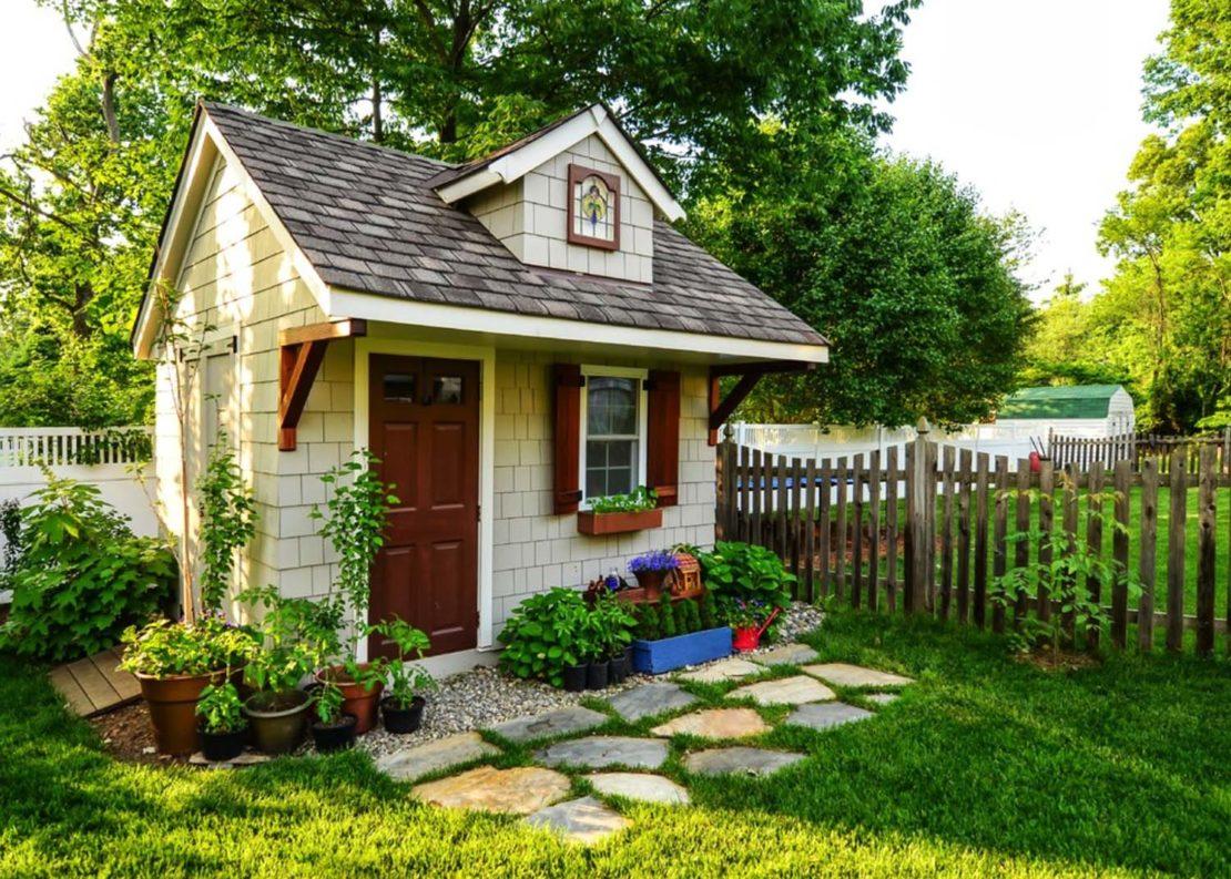 огородные домики своими руками фото без