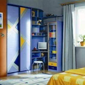 Детская мебель с синими фасадами